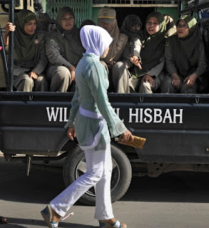 Acehnese Sharia Police (1)